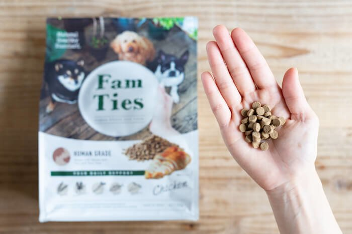 ファムタイズ(FamTies)ドッグフードの匂い